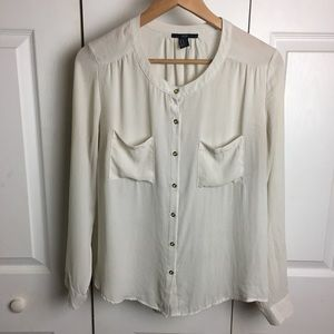 Forever 21 OffWhite Lightweight Button Down Blouse